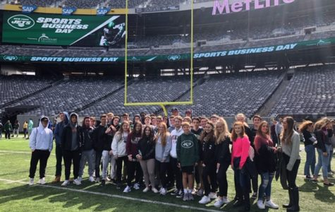 VHS Students Attend Jets Sports Business Day